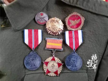 上甘岭战役中的弹片,至今还留在扬州老兵头部
